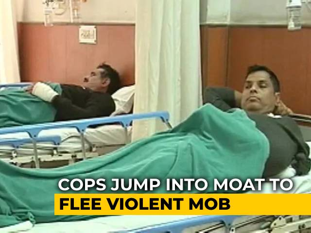 Video : Injured Cops' First Hand Account Of Violence During Farmers' Rally