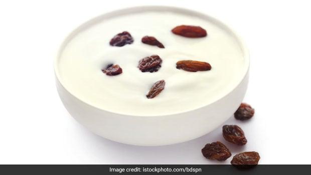 Raisin Curd - An Easy Remedy For Constipation, Suggests Rujuta Diwekar (Recipe Inside)
