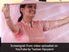 Sapna Choudhary ने हरियाणवी गाने पर स्टेज पर किया जोरदार डांस, बार-बार देखा जा रहा Video