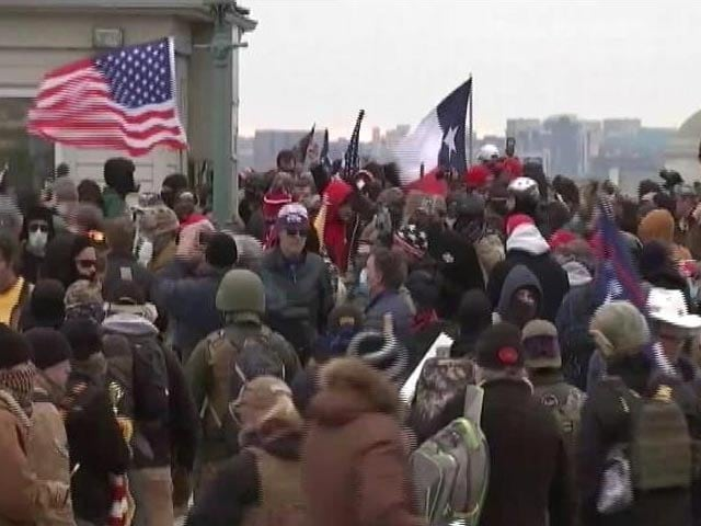 Video : Pro-Trump Mob Storms US Capitol, Clashes With Police, 1 Dead