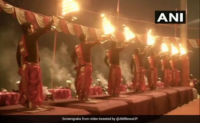 New Year Day: Watch Ganga Aarti At Varanasi's Assi Ghat - A Visual Treat