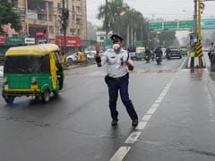 This Traffic Cop Uses Michael Jackson's Moves At Work. There's A Reason