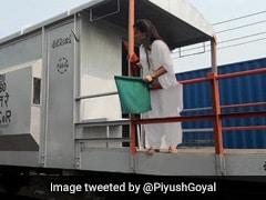 पश्चिमी रेलवे ने बनाया नया कीर्तिमान, पहली बार महिला स्टाफ क्रू ने चलाई मालगाड़ी