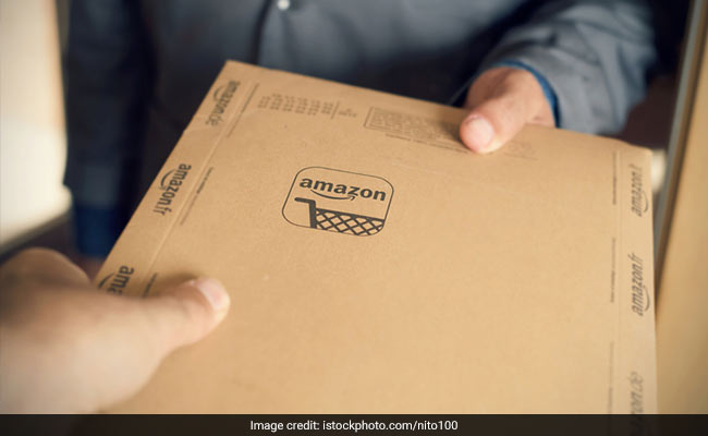 Amazon Worker's Reply To Customer's Complaint Has Internet In Stitches