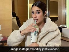 Janhvi Kapoor's Super Cosy WFH Outfit Is A Winner This Winter