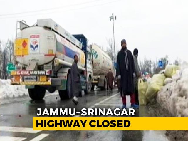 Video : Jammu-Srinagar Highway Closed Due To Restoration Work