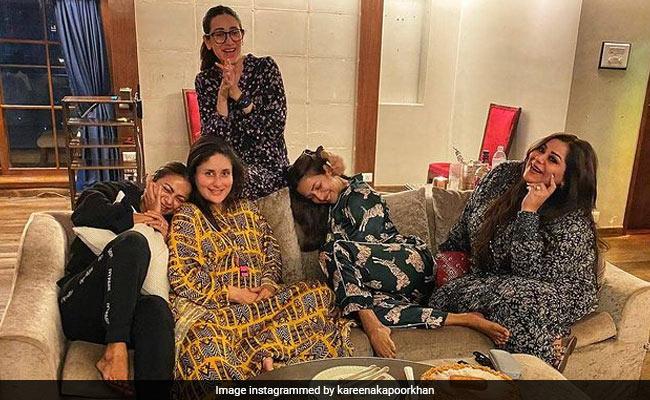 Mom-To-Be Kareena Kapoor Toasts To 'New Beginnings' With Karisma, Malaika, Amrita