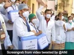 मुंबई के एक अस्पताल में पहुंची वैक्सीन, स्वास्थ्यकर्मियों ने तालियों से किया स्वागत, देखिए VIDEO
