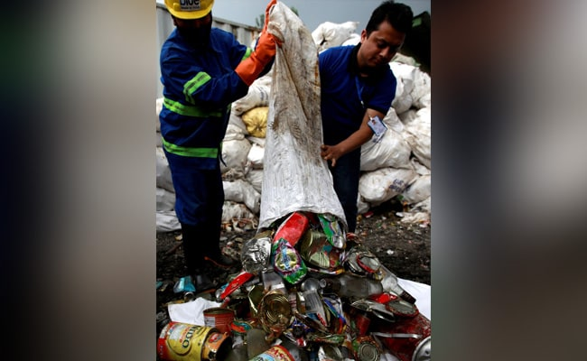 Nepal To Turn Everest Trash Into Art To Highlight Mountain's Garbage Blight