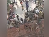 Video : Delhi Policemen Forced To Jump Off Wall To Escape Farmers At Red Fort