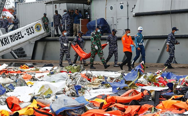 Crashed Jet's Flight Recorder Downloaded Successfully: Indonesia Official