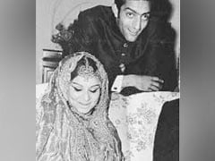A Vintage Pic From Sharmila Tagore's Wedding To Tiger Pataudi