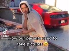 माता-पिता के Photo Album से महिला ने रिक्रिएट किए अजीबोगरीब Signature Pose, Video देख रोक नहीं पाएंगे हंसी