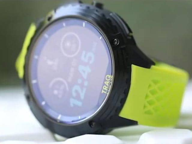 Video : Titan TRAQ Triathlon: This Smartwatch Needs Your Attention