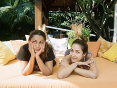 Malaika And Amrita Are Thinking Of The Same Thing In This Pic But In Opposite Ways