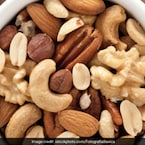 5 Ways To Sneak In Almonds, Walnuts And More In A Diabetes Diet