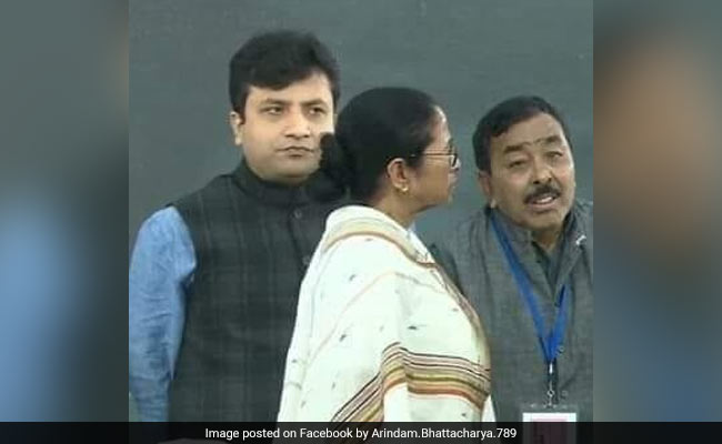 Trinamool MLA Who Shared Stage With Mamata Banerjee Last Week Joins BJP