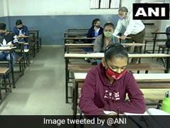 Schools In Gujarat Reopen: गुजरात में 10वीं और 12वीं के लिए आज से खुले स्कूल, इन नियमों का सख्ती से किया गया पालन