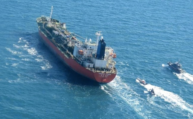 Iran Guards Seize South Korean Tanker Amid US Tensions