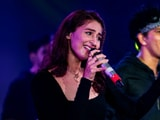 Video : Dhvani Bhanushali's Live Concert Opens To A Packed Audience