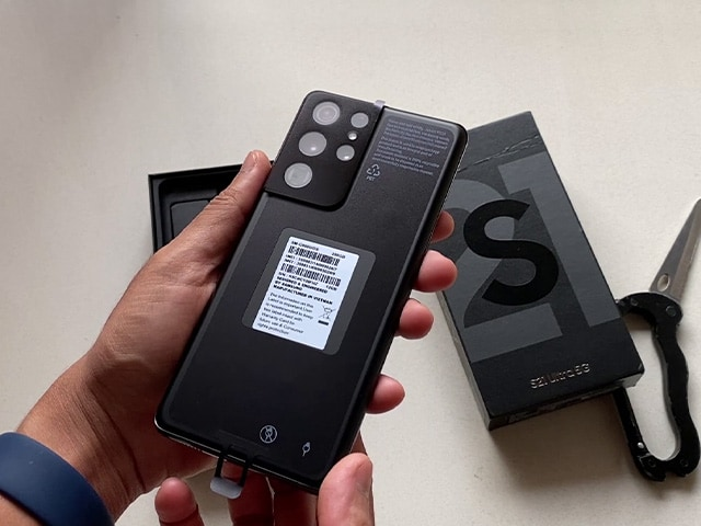 Video : Samsung S21 Ultra Unboxing & Camera Samples: The First Flagship Phone of 2021!
