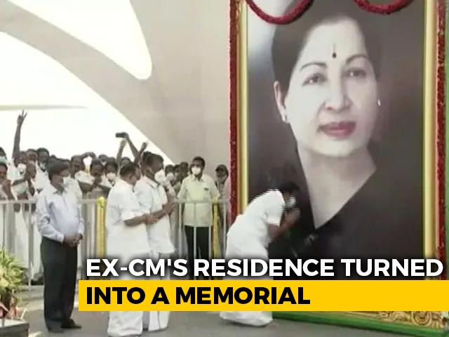 """Video : High Court Allows Jayalalithaa's """"Veda Nilayam"""" Memorial Opening Ceremony"""