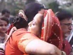 ऐश्वर्या राय की हमशक्ल Manasi Naik ने शेयर किए विदाई के Video, आंखों में दिखे आंसू, मम्मी भी रोती आईं नजर