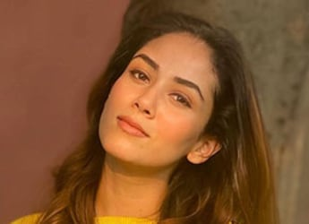 """Mira Kapoor Sends 'Yummiest' Gift To Sister For """"Long-Distance Cook-Off"""""""