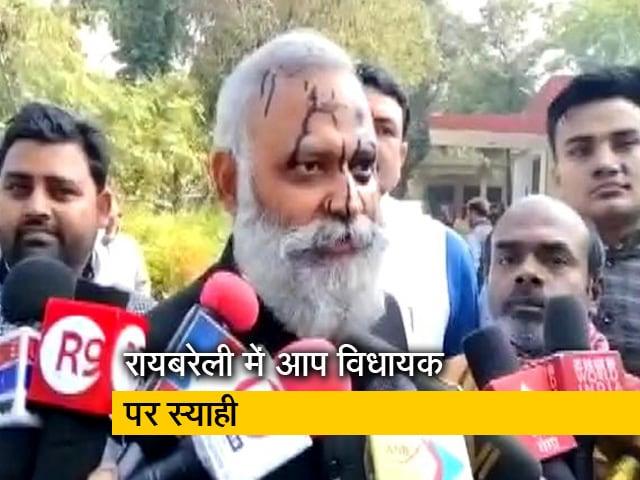 Videos : AAP विधायक सोमनाथ भारती बोले- ये सब योगी के इशारे पर हो रहा