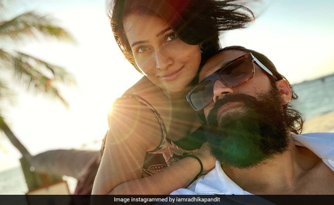 A Sun-Kissed Pic Of Yash And Radhika Pandit From Their Maldives Vacation