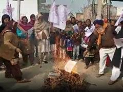 किसान आंदोलन का 50वां दिन, लोहड़ी पर कृषि कानूनों की प्रतियां जलाईं, 9वें दौर की वार्ता पर सस्पेंस- 10 अहम बातें
