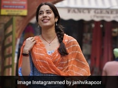 Janhvi Kapoor's Ethnic Style Is Bright And Colourful For <i>Good Luck Jerry</i>
