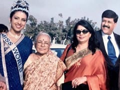 Priyanka Chopra And Her Parents In A Miss World Throwback. Circa 2000