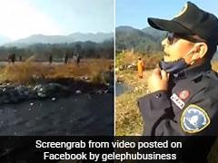 बॉर्डर पर घूम रहे थे भारतीय, भूटान का पुलिसकर्मी दूर से चिल्लाया- 'पानी पियो और चले जाओ...' - देखें Viral Video