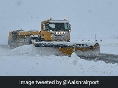 Flights Suspended, Highway Closed As Snowfall Continues In Kashmir Valley