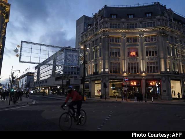 "Video : ""1 In 30 Now Has Covid"": London Mayor Declares 'Major Incident'"