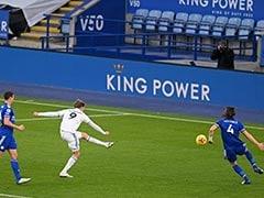 Premier League: Brilliant Patrick Bamford Helps Leeds United Sink Leicester City