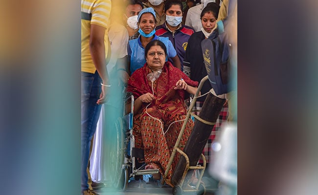 VK Sasikala Conscious, Well-Oriented, Says Hospital After Covid+ Test