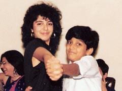 """Wait, Is That Farah Khan With The """"Flashdance Hair""""? And Farhan Akhtar """"Holding On For Dear Life""""?"""