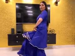 Sapna Choudhary ने घर में ही 'चटक मटक' हरियाणवी सॉन्ग पर किया लाजवाब डांस, देसी क्वीन का Video वायरल