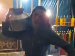 सनी लियोन ने हाथ में थाली और कंधे पर मटका रखकर किया देसी स्टाइल में डांस, चंद मिनटों में Video 3 लाख के पार