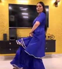 सपना चौधरी ने घर में ही 'चटक मटक' हरियाणवी सॉन्ग पर किया लाजवाब डांस, देसी क्वीन का Video वायरल