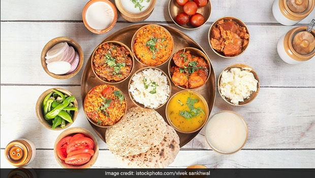 6 Evergreen Gujarati Dishes You Must Try For A Wholesome Meal Experience (Recipes Inside)