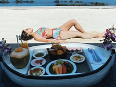 "Sara Ali Khan's ROFL Thoughts On ""Post-Binge Bloat"" In Maldives"