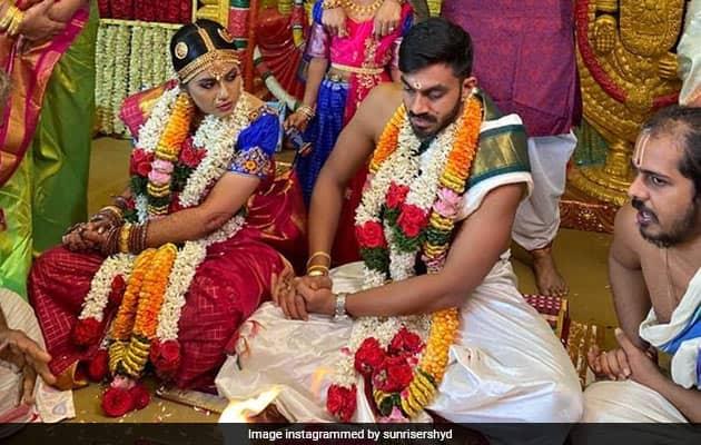 Vijay Shankar Marries Vaishali Visweswaran, SRH Send Best Wishes