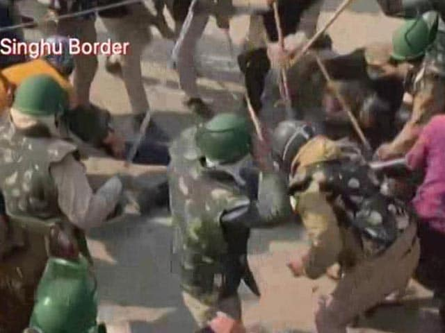 Video : Violence At Farmers' Protest Site At Singhu Border
