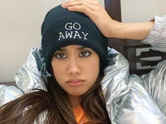 जाह्नवी कपूर ने तस्वीरें शेयर कर कोरोना को दिया संदेश, बोलीं- चले जाओ...