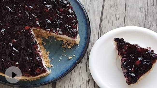 Blueberry Cheesecake: A Creamy And Delicious Recipe For The Pro-Baker In You (Video Inside)