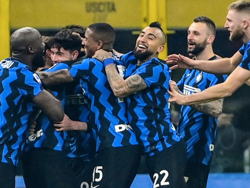 Serie A: Inter Milan Shock Juventus To Move Level With Leaders AC Milan thumbnail