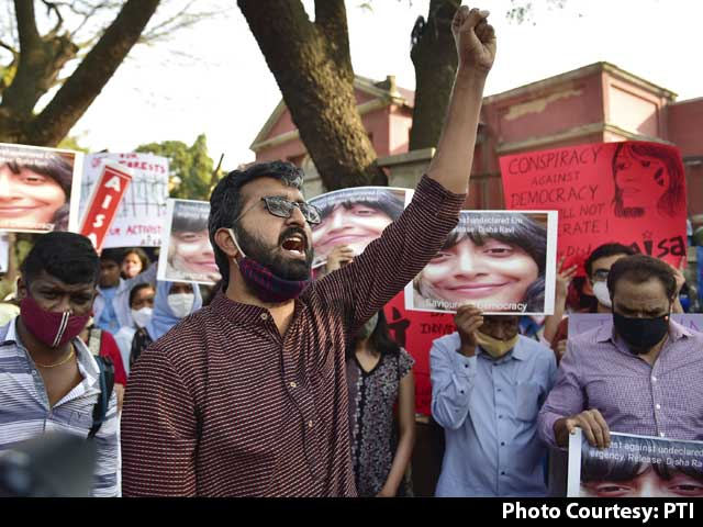 Video : After Disha Ravi, Arrest Warrants Against 2 More Activists